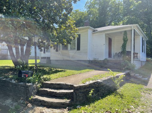 Image for 404 Lee Avenue